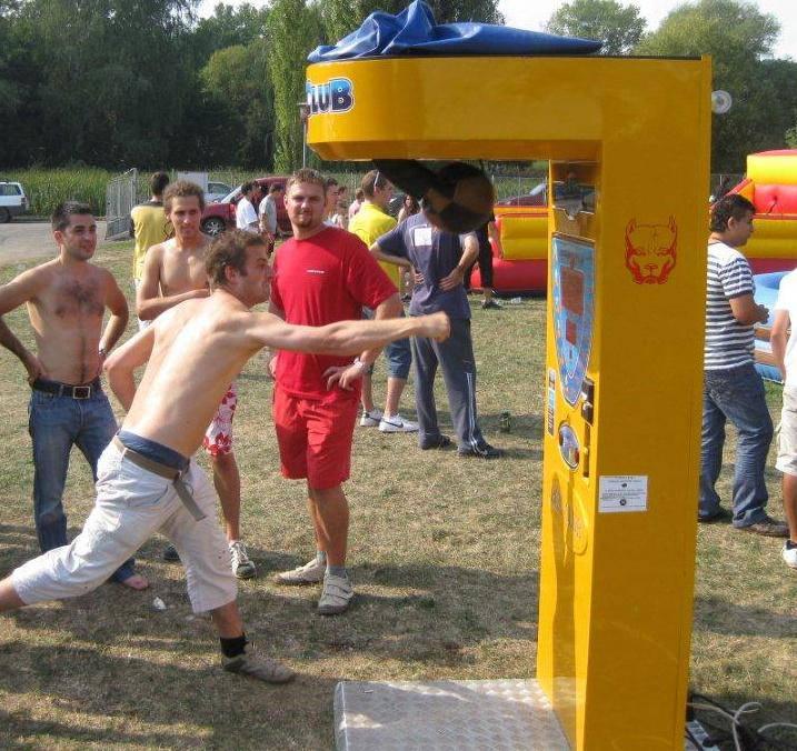 Bérelhető játékok: boxgép